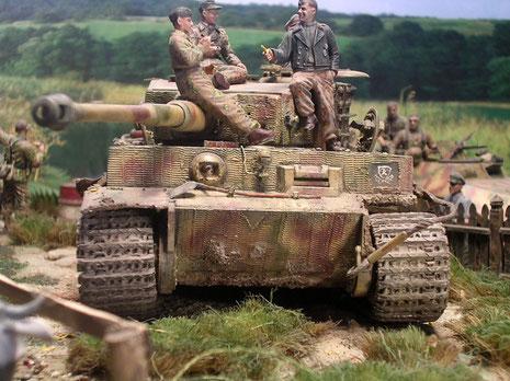 """Ein letzter Blick - Tiger """"314"""" wurde auf dem Rückzug aus dem Kessel von Falaise vernichtet."""