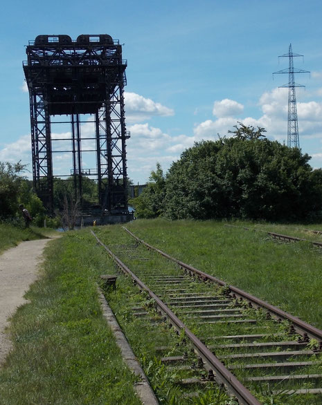 Die Originalgleise der zwischenzeitlich abgebauten Strecke.