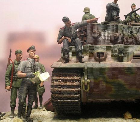 Der markante Tarnverlauf über dem Zimmeritanstrich wurde vor Invasionsbeginn sorgfältig von der Truppe ausgeführt.