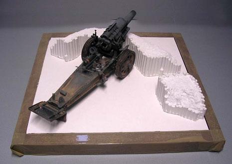 """Der Mörser kommt auf eine kleine Dioramaplatte, dazu nutze ich das Verlinden-Set """"Gun Emplacement"""""""