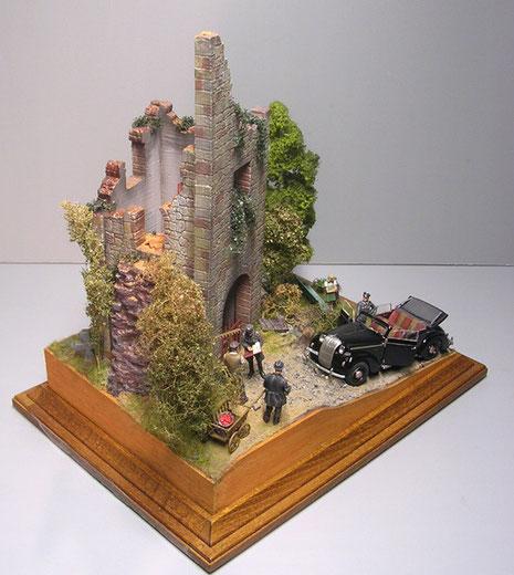 So kann das schöne Cabriolet die kleine Höhe zur Ruine anfahren...