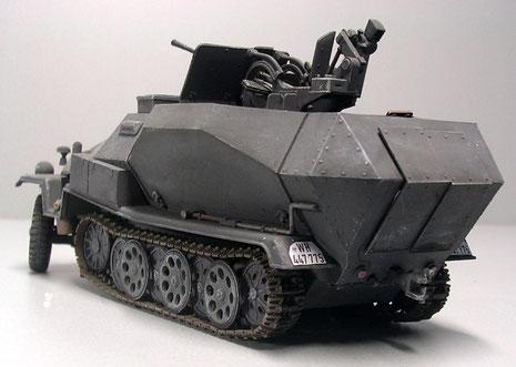das Fahrzeug wurde nur in sehr geringen Stückzahlen gefertigt, zu gross war der Fertigungsaufwand für die zu geringe Feuerkraft.