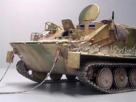 Der spitze Bug zeugt von der hervorragenden Schwimmfähigkeit des BTR-50.