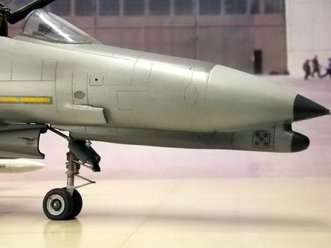 Der typische Bug der G-Version mit der verlängerten Nase, um die erweiterte Avionik und Sensorik aufnehmen zu können.