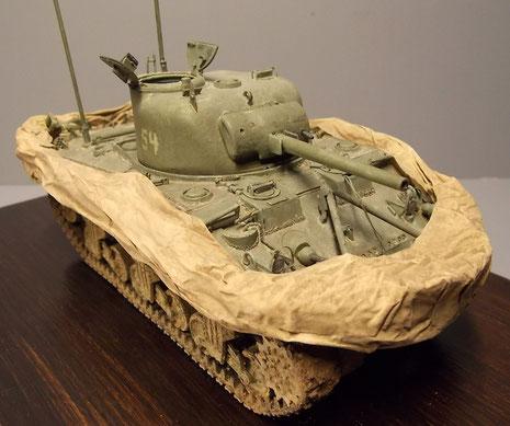Früher Sherman M3 als Bais für ein Fahrzeug des Juni 1944.