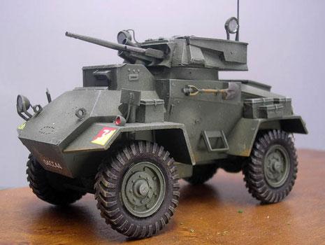Der sogenannte Boys and Besa Turm mit einem leichten Geschütz und einem achsparallelen Besa-MG.