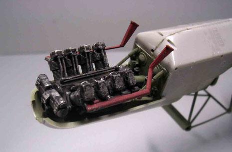 Und auch der Motor passt perfekt in die Aufhängung.