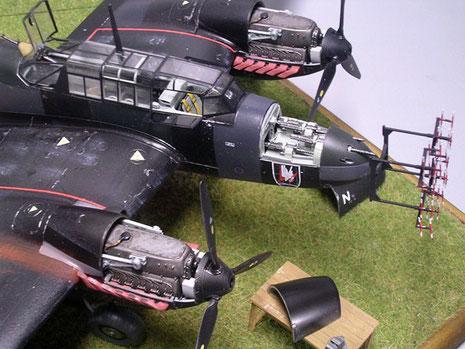 """Vorne am Bug das FUG202 Radargerät, das sogenannte """"Geweih"""".."""