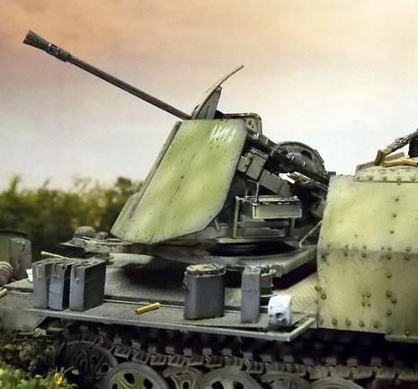 3,7 Flak 43 mit Abschussmarkierungen.