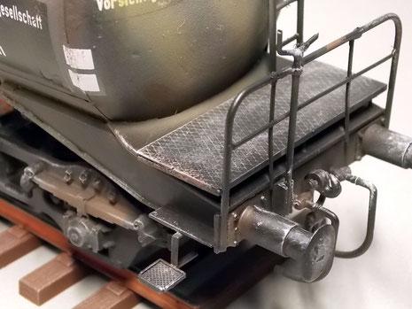 Natürlich Abnutzung Rostspuren machen den Kesselwagen realistisch.