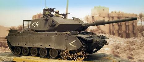 Die Fahrzeuge erhielten das typische IDF olivgrün-eine Mischung aus Grau und Olivgrün.