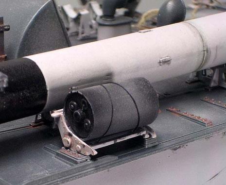 Vier Wasserbomben konnten seitlich mitgeführt werden.