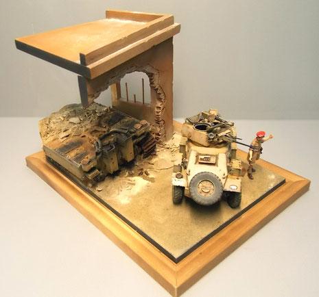 Der kleine Humber passt perfekt auf das Diorama mit dem zerstörten Tiger-Heck.
