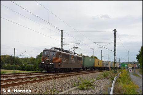 Am 8. September 2017 fuhr mir 151 017-1 mit umgeleitetem Containerzug in Chemnitz-Furth gen Riesa vor die Linse