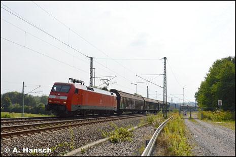 152 003-0 hat am 23. September 2017 den umgeleiteten GA 52814 am Haken. In Chemnitz-Furth entstand ein Bild bei leider vollem Gegenlicht