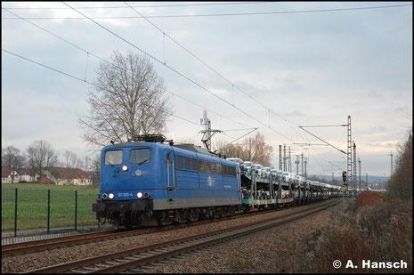 Einer der seltenen Besuche der BR 151 in Chemnitz fand am 24. November 2018 statt. 151 025-4 durcheilt mit umgeleitetem Autozug den ehm. Abzw. Furth in Richtung Riesa