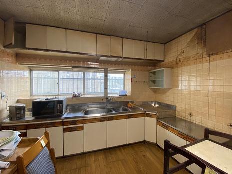 既設キッチン解体前(壁付きキッチン)