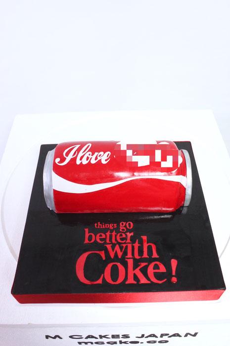 コカコーラ型 2Dケーキ💋 コカコーラの缶を半分にして飲み口などつけて欲しいとのご注文💕こだわりの飲み口もちゃんと再現させていただきました。 #コカコーラ #缶 #2d #2dケーキ #こだわり #素敵 #缶コーラ #赤缶 #誕生日ケーキ #cocacola #cocacolacake #cans #japanesemade #cake #torta #gateau