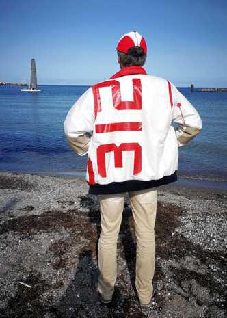 Mode aus Wind und Wetter SailArt Fashion Segeltuchjacke Segeltuchtasche Segeltuchmode Segeltuch Upcycling Unikate Chic Mode Männermode Jacke Weste Tasche Sitzsäcke Schlüsselanhänger Seesäcke Sporttaschen Reisetaschen