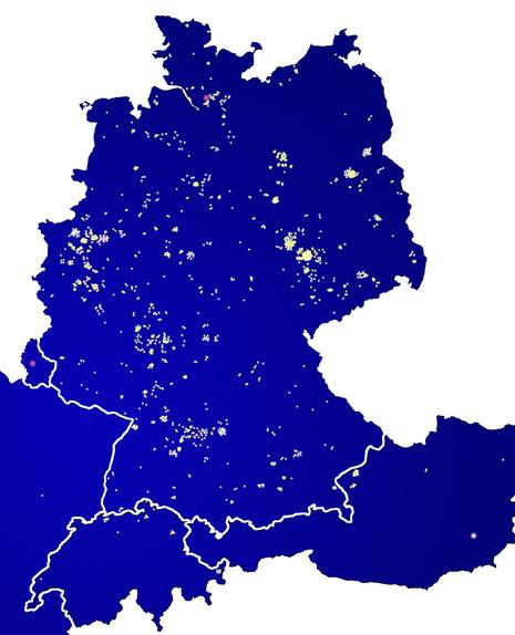 Über 2.100 Lichtpunkte leuchten am 14.12.2014 in Gedenken auf der Karte