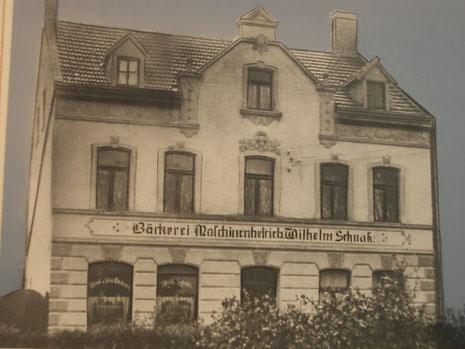 Wohn- und Geschäftshaus um 1908