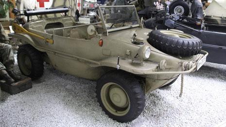 VW Typ 166 Schwimmwagen - © Foto: picture alliance/akg-images/Sammlung Foedrowitz