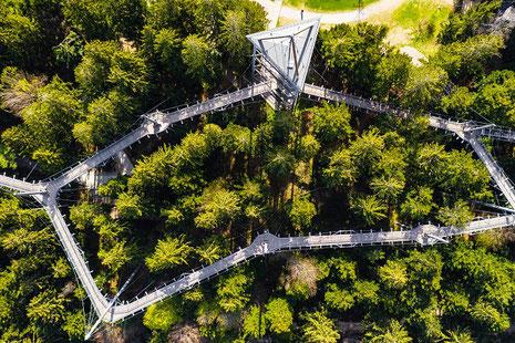 Der skywalk allgäu in Scheidegg aus der Vogelperspektive.