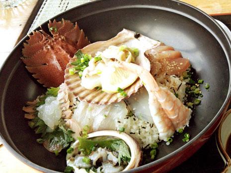 私は海鮮丼^^