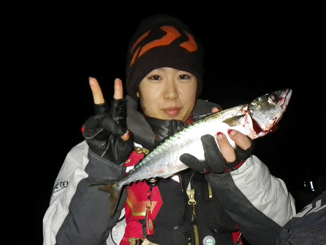 夜釣りファーストヒットは愛ちゃん^^