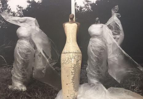 Arbeit von Michaela Ambellan: Raku, Fotografie auf Leinwand