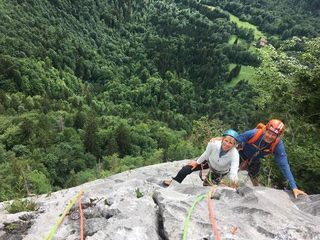 Après le Mt-Blanc, Françoise et Dom se régalent sur le beau rocher travaillé de la Dalle du Tuet