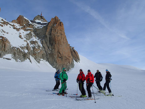 Guy et ses amis au Col du Midi, partie supérieure de la Vallée Blanche