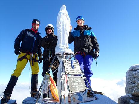 Serge, Stéphane et Sébastien au sommet, autour de la Madonna. Que du bonheur !