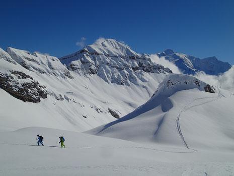 Valentin et Frédéric dans un décor de rêve, sur fond de Mont-Blanc