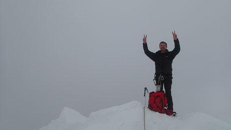 Gérard dans le nuage au sommet du Monch