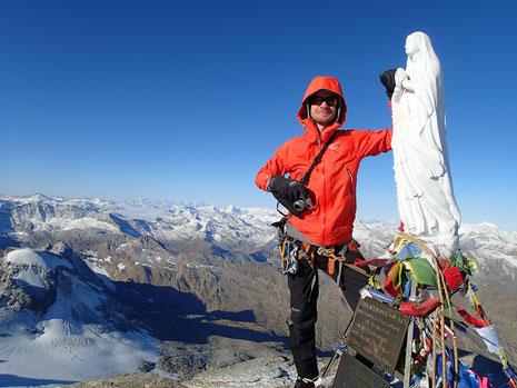 Adrian au sommet du Grand Paradis, avec la Madonninna