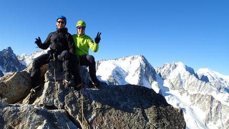 Xavier et Christian au sommet de l'Aiguille du Tour. Top !