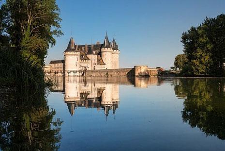 Le Château de Sylly sur Loire vu du parc