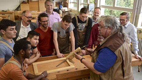 Einblick in den Fachpraxis-Unterricht der Holzabteilung