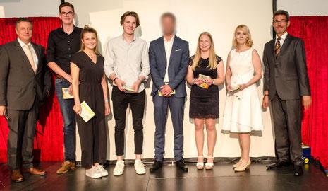 Paul Haase (FOS 12 TB), Lisa Hörnschemeyer (FOS 12 SA), Julius Mergen (FOS 12G), Christoph Ebken (FOS 12 E), Melina Weglage (BFS K II A), Tina Janzen (BFS GTA)