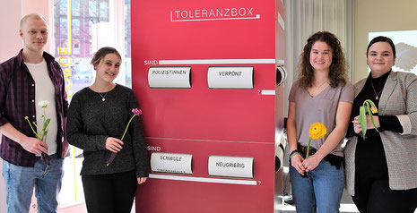 "Die ""Toleranzbox"". Foto: Caritas / Frauke Damerow"