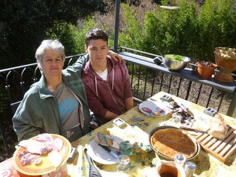 Premier déjeuner en terrasse pour 2017