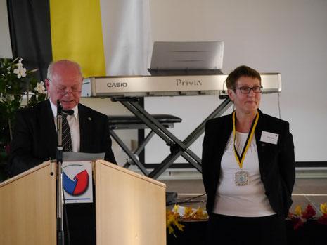 Elvira Gillert wurde vom Bundesverband mit der Katharinenmedaillie ausgezeichnet.