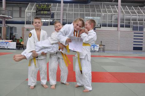 Petar, Drago, Finn und Maxima