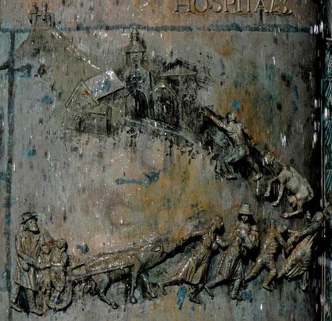 Unter dem Schutz der Grafen kommen Juden nach Hechingen, Detail aus dem Rathausbrunnen Hechingen,  Bildhauer: Klaus Ringwald, Guss: Hans Mayr, Foto: Manuel Werner, alle Rechte vorbehalten