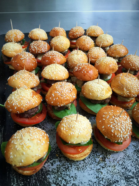 Mini burger au foie gras      2€