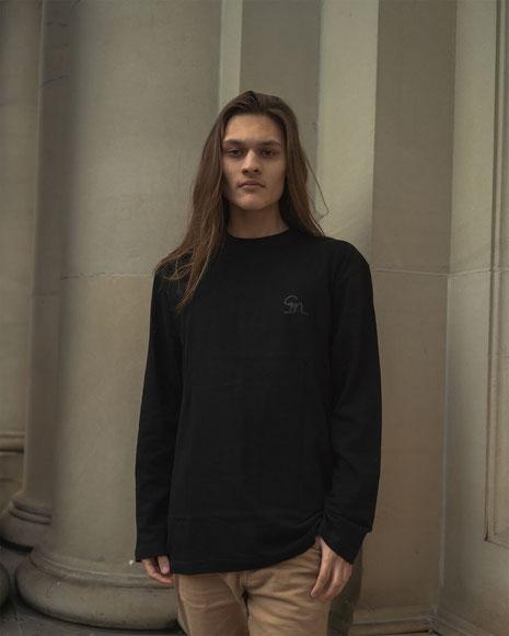 Sm . Long-sleeve shirt