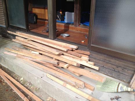 古い木材を再利用