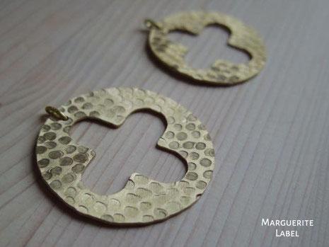 真鍮作品 円に十字のチャーム