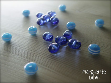 Blue / Glass Beads
